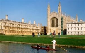 הקולג'ים המלכותיים והכנסיות